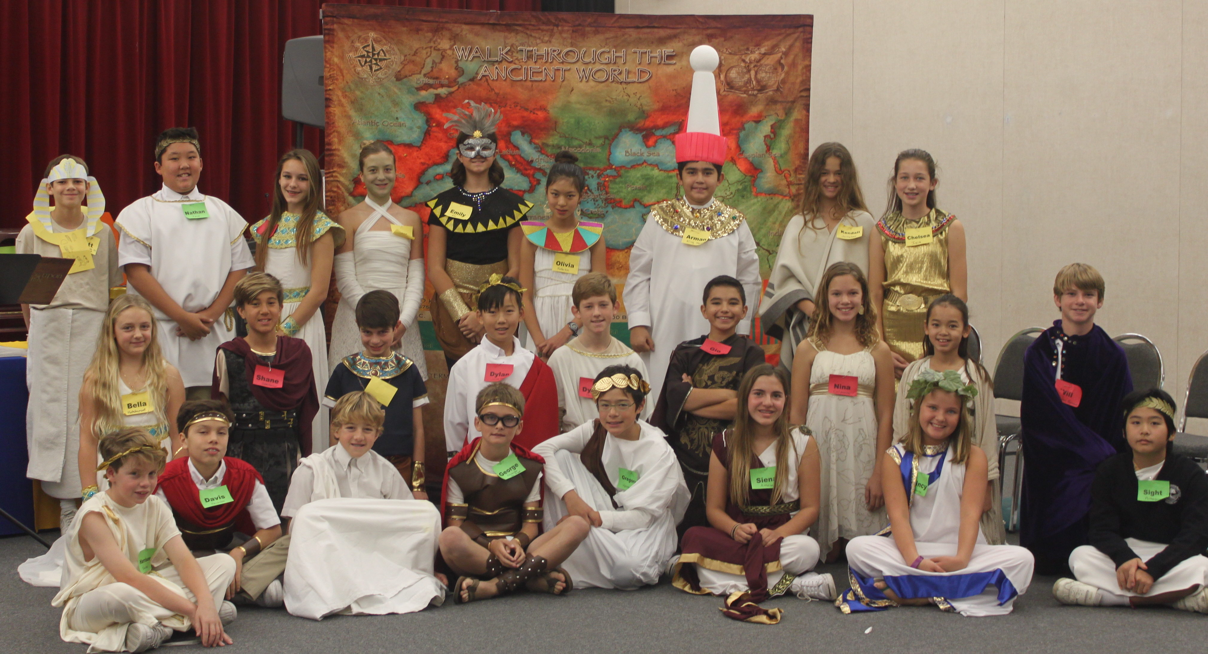 RHCDS 6th Grade Students Experience Walk Through the Ancient World