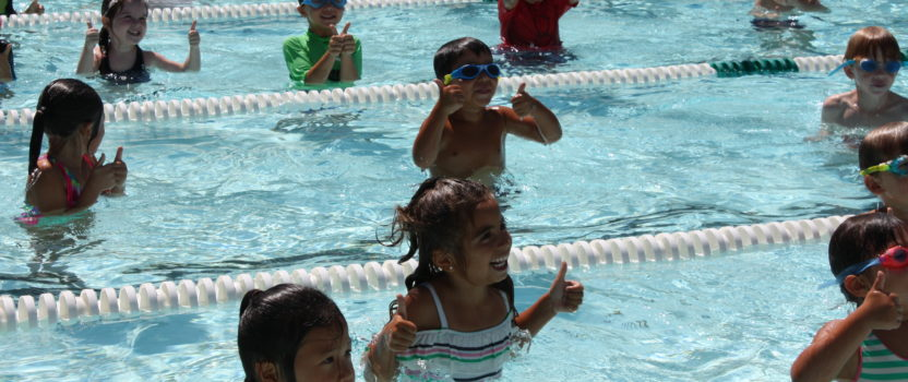 Kinder already getting started in the pool!